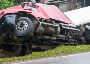 What to Know About the First Offer From an Insurance Agency After a Trucking Accident
